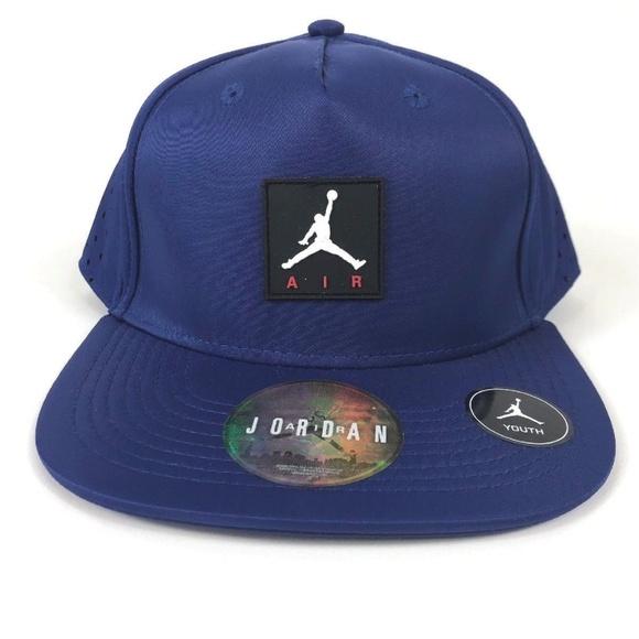Nike AIR JORDAN Youth Vapor SnapBack Hat NEW 6cb2e950259